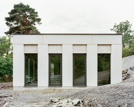 House by Hermansson Hiller Lundberg references Classicism