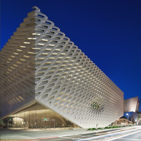 Instagram users offer a preview of LA's Broad Museum