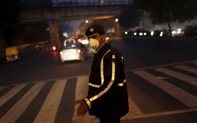 India readies plan to clean Delhi's air, but won't focus on vehicles